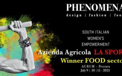 Simona D'Abruzzo, dell'Azienda Agricola La Spora, vince il premio Phenomena
